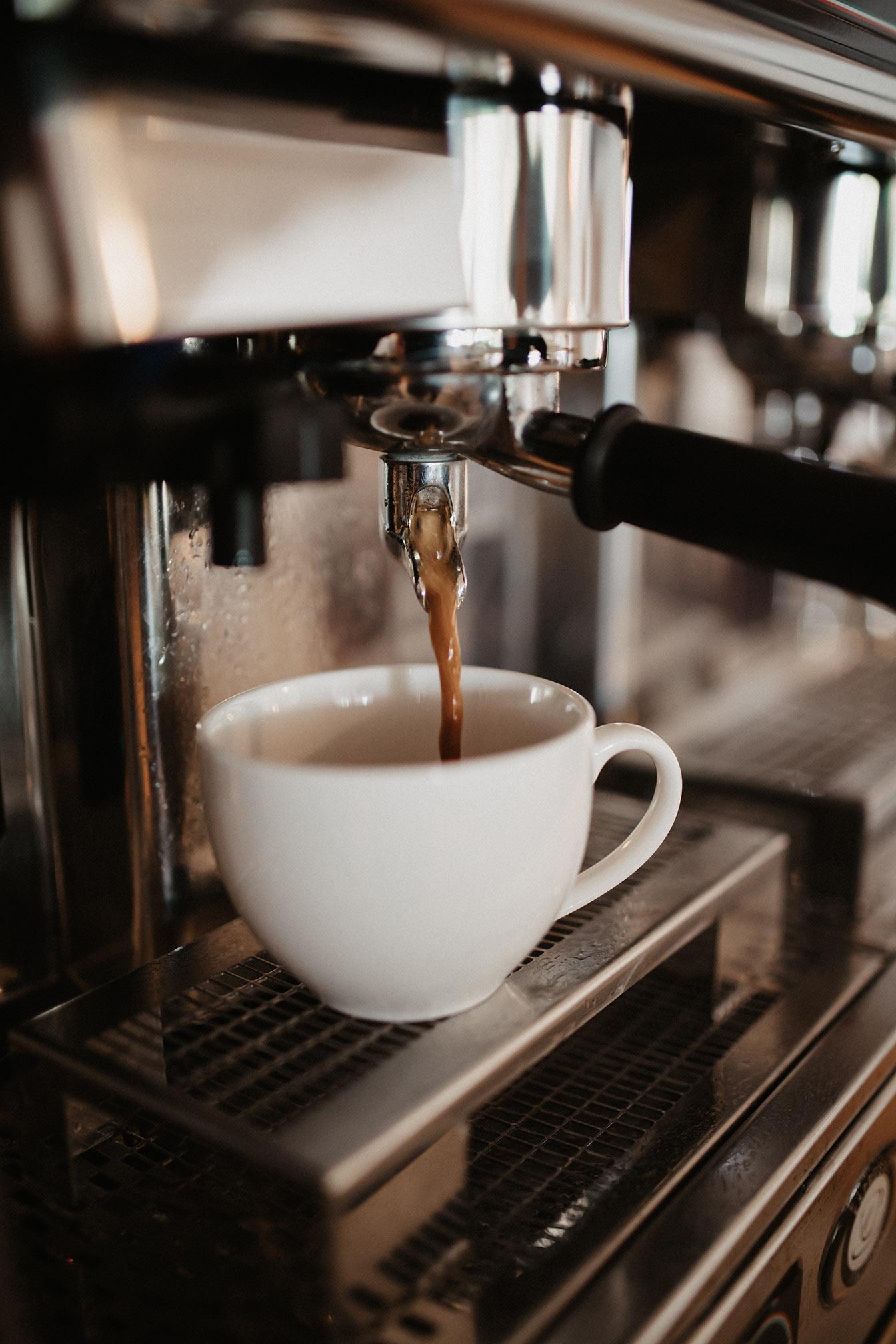 Kaffeegenuss im Hofcafé Lauben